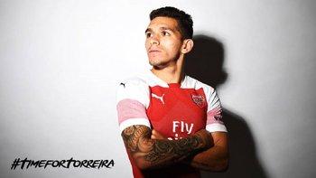 Torreira con la de Arsenal