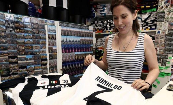 El pase de Ronaldo saturó la tienda digital de Juventus 92d155f71e590