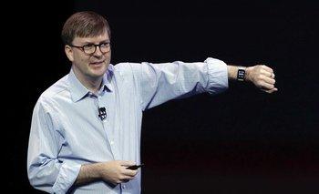 Kevin Lynch presentando el Apple Watch