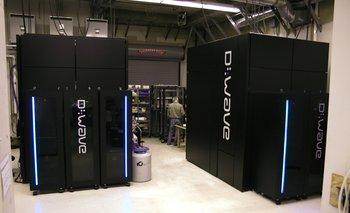 Las computadoras cuánticas comerciales de D-Wave ocupan un espacio de 10 metros cuadrados y cuestan unos US$ 10 millones