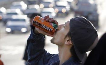 El actor Norbert Torok durante la filmación del comercial para una nueva bebida de PepsiCo llamada Kickstart