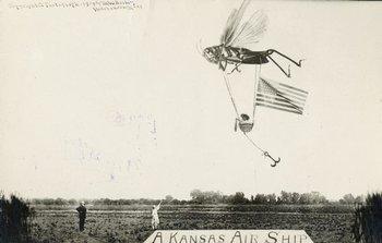 """""""Aeronave de Kansas"""", 1913. Fotomontaje de un saltamontes gigante llevando una canasta con una bebé adentro"""
