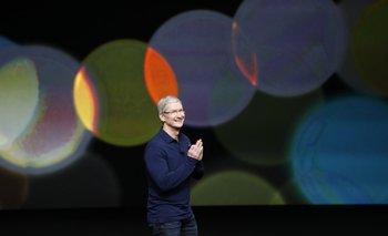 El CEO de Apple, Tim Cook, durante el lanzamiento del iPhone 7