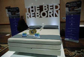 La cama inteligente The Sleep Number 360 se ajusta para ofrecer un sueño cómodo a quien la use