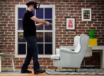 Demostración del Project Alloy de Intel, un visor de realidad virtual que no precisa computadora para funcionar